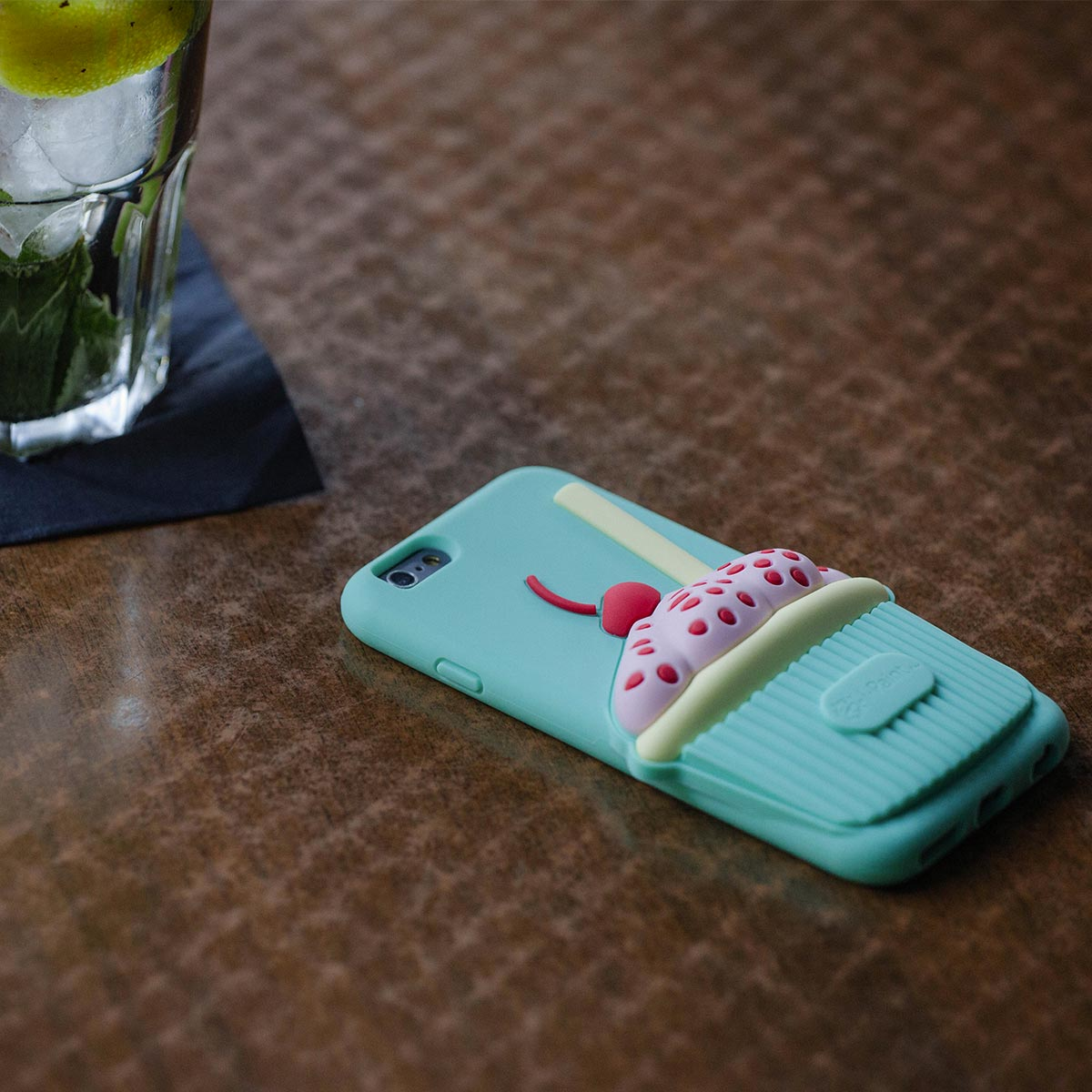 Cover 3D Morbida per iPhone | Cup Case